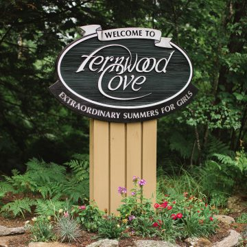 welcome to fernwood cove sign